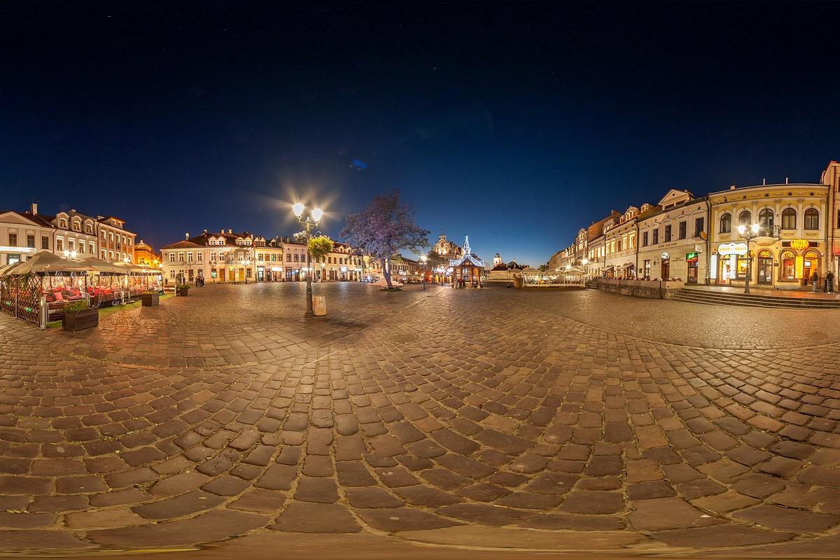 Panorama sferyczna rynku w Rzeszowie, fotograf Paweł Litwin