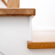 Schody drewniane, detal, fotograf wnętrz Rzeszów
